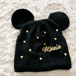 Disney Minnie Mouse winter hat with ears